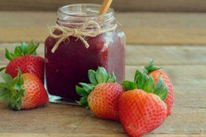 Erdbeermarmelade mit Apfelpektin